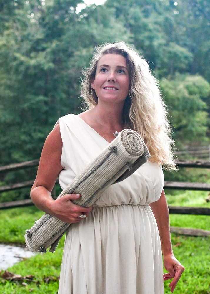 Nicole - Yoga teacher - Yoga Therapy